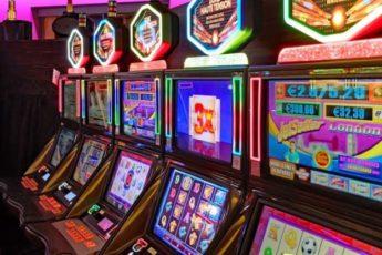 Aprire una Sala Slot: Requisiti, Costi e Ricavi