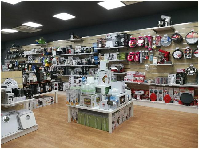 Beper home i negozi di piccoli elettrodomestici approdano for Franchising arredo casa