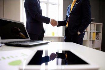Aprire una Web Agency? 10 Ragioni per Unirti a Zoe Business Franchise